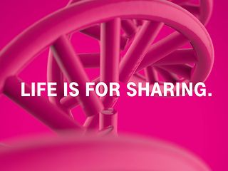 """Life is for sharing"" Schriftzug"